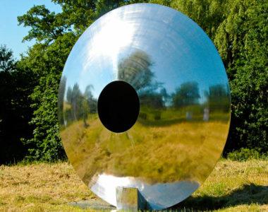 steel-eye-angled