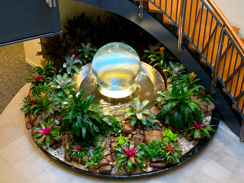 glass-sphere-fountain