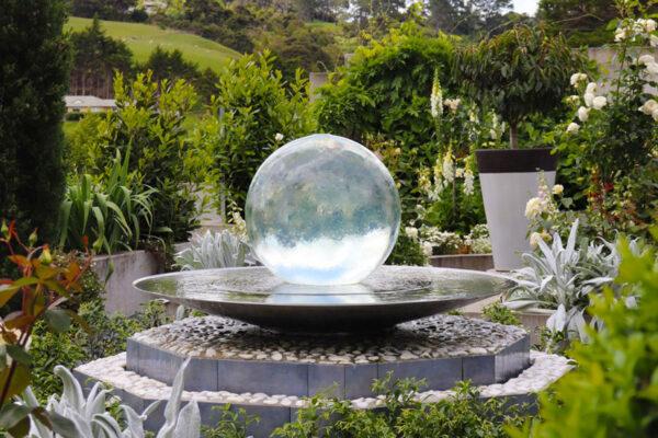 aqualens-sphere-fountain-pedestal