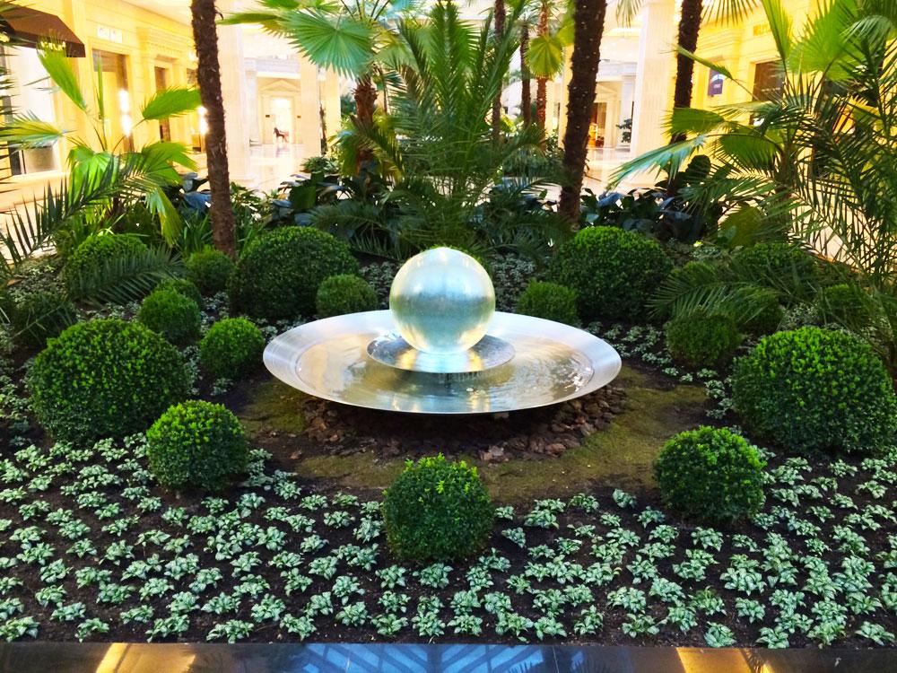 Russian Shopping Mall Fountain