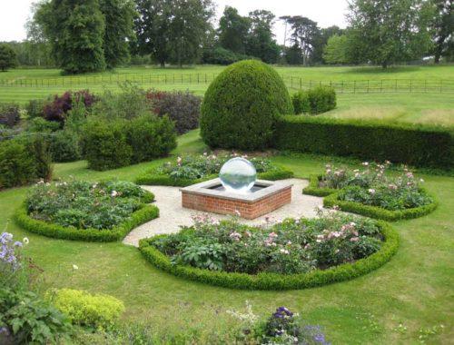 coppid-hall-garden2