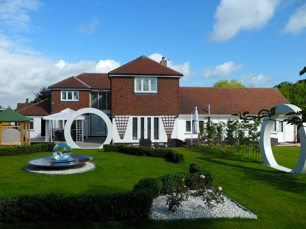 Unique Home with Aqualens